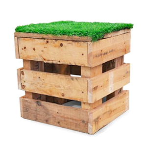 For a casual vibe, it's hard to go past Sydneywide Hire Group's Pallet Ottoman. Great for parties, picnics and themed events to kick up your heels